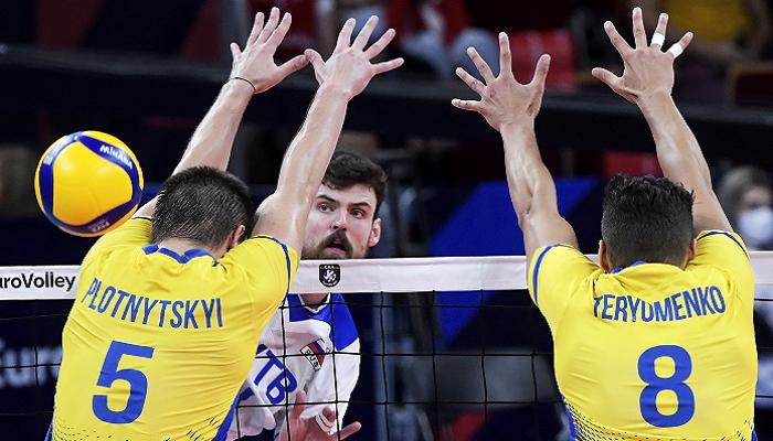 Украина проиграла России в 1/8 финала чемпионата Европы по волейболу