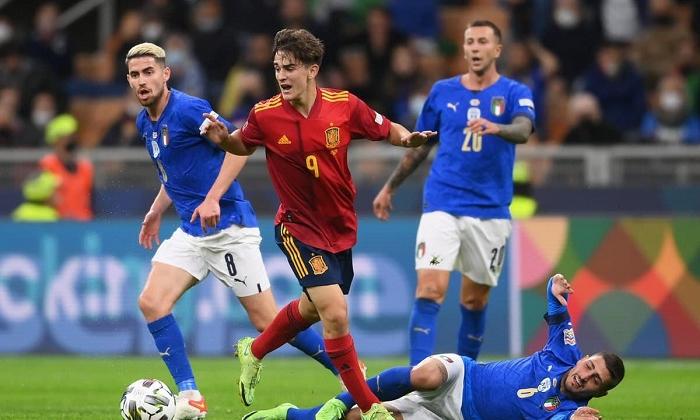 Гави – самый молодой дебютант в истории сборной Испании. У него 363 минуты за Барселону