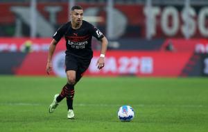 Милан ведет переговоры о продлении контракта Беннасера