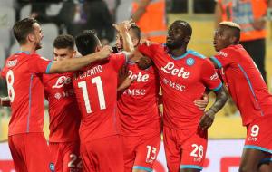 Фиорентина — Наполи. Видео обзор матча за 3 октября