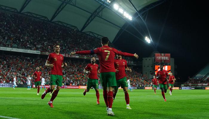 Хет-трик Роналду помог Португалии разгромить Люксембург