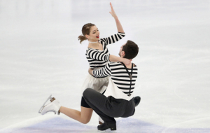 Українські фігуристи Назарова та Нікітін виграли золото на старті олімпійського сезону