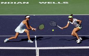 Се Шувэй и Мертенс выиграли парный турнир в Индиан-Уэллсе