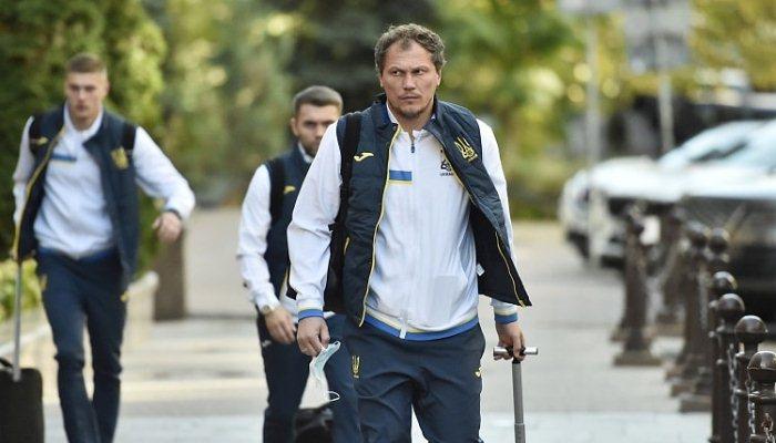 Сборная Украины прилетела в Хельсинки на матч с Финляндией