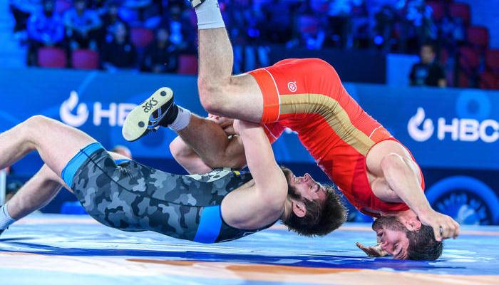 Украинец Закариев стал бронзовым призером чемпионата мира по вольной борьбе